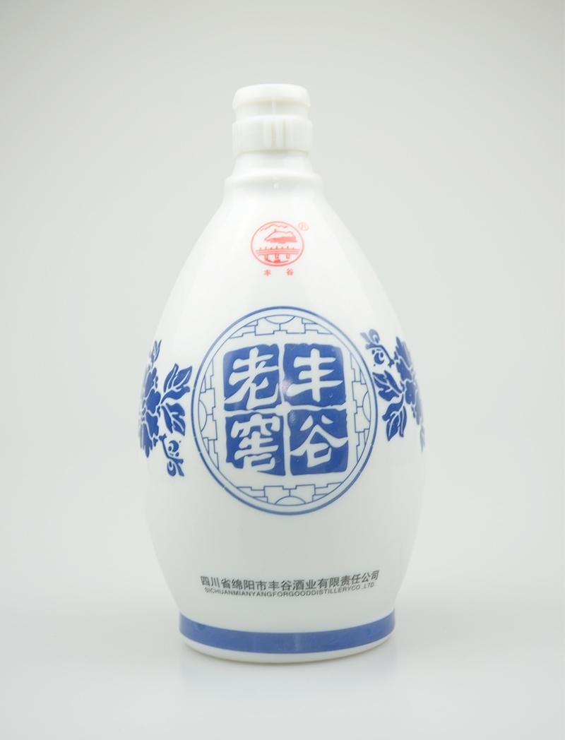 老窖丰谷乳白烤花玻璃酒瓶