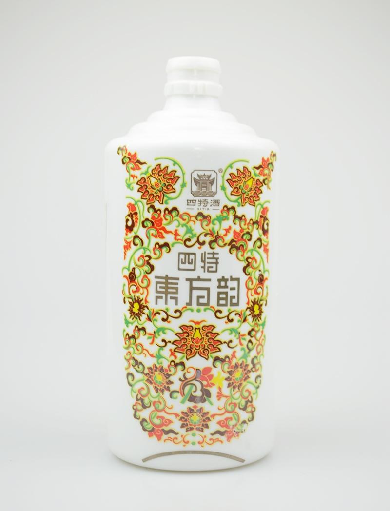 乳白玻璃酒瓶批发厂家